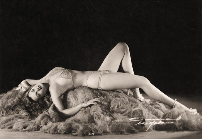 Betty ' Blue Eyes' Howard  Burlesque Dancer, Stripper Harold Minsky, named her among the world's top ten exotic performers