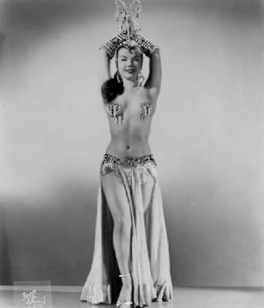 Photo of Burlesque Dancer Nejla Ates