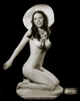 Stormy Monday Vintage Burlesque dancer photo 1