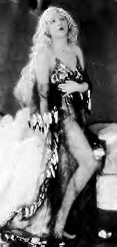Mae Murray