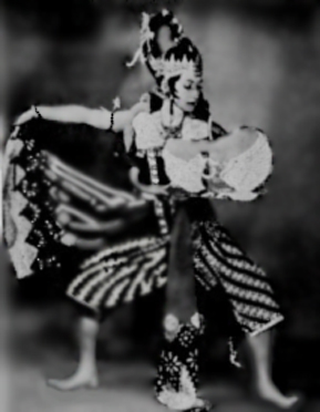 """the Queen of Ethnic Dance"" ... La Meri"