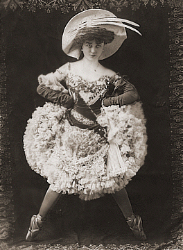 Photo of Dancer: Mademoiselle Dazie