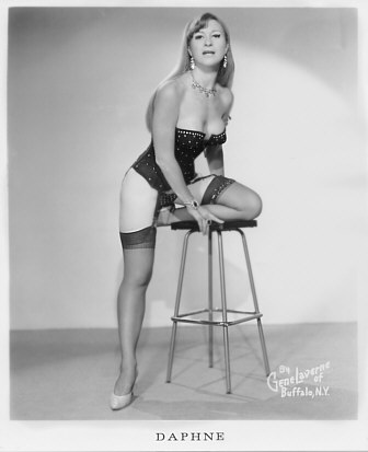 Daphne Lake Old Vintage Burlesque dancer photo 2