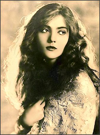 Dorothy Mackall ... Vintage  Ziegfeld Girl, Dancer, Showgirl, Actress photo 1